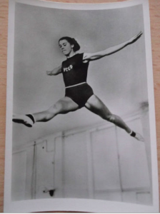 Sammelbild-Olympiade-1956-Melbourne-Larissa-Latynina